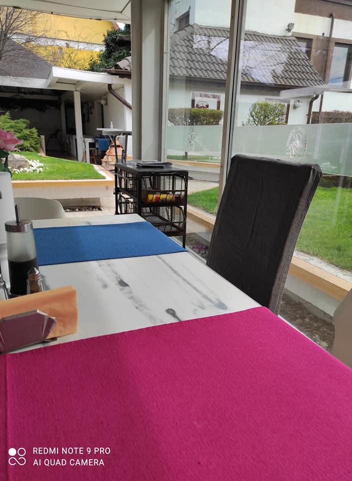 Gradina restaurant Le Baron Craiova